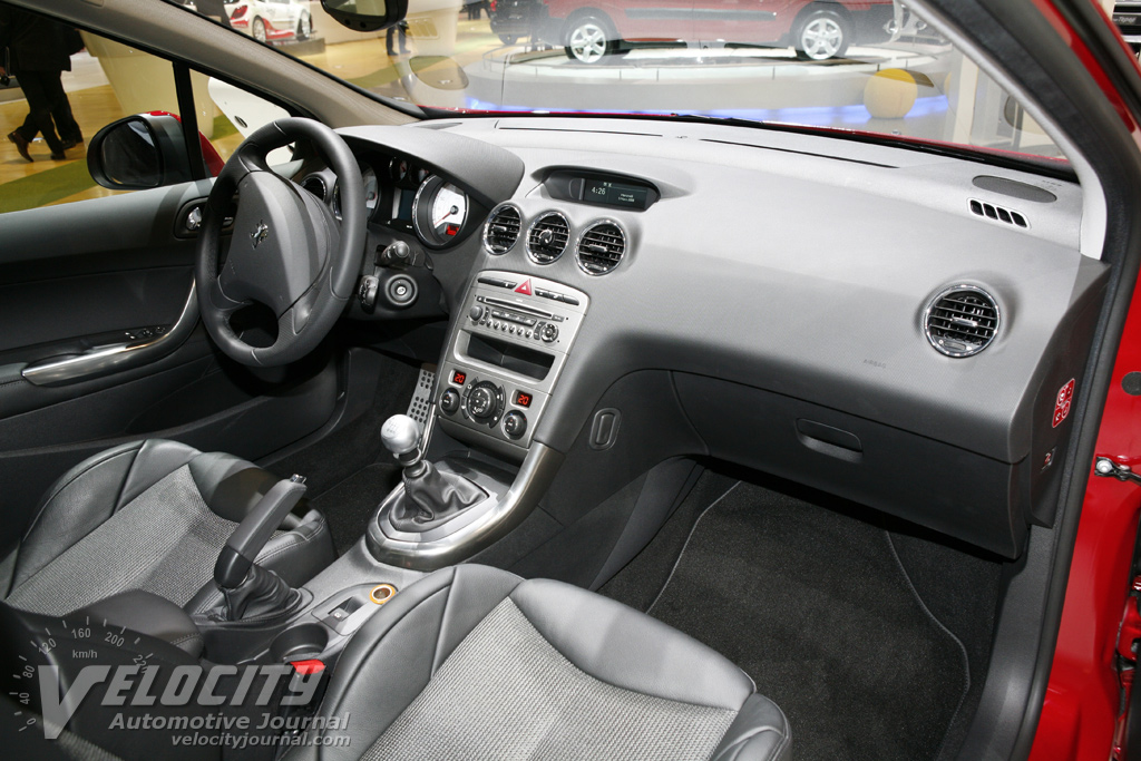 Image gallery peugeot 308 2008 interior for Interior peugeot 2008