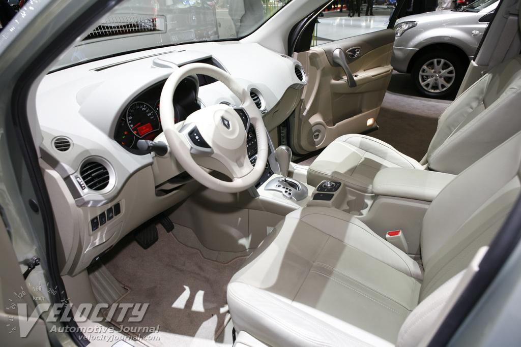 2008 Renault Koleos Interior