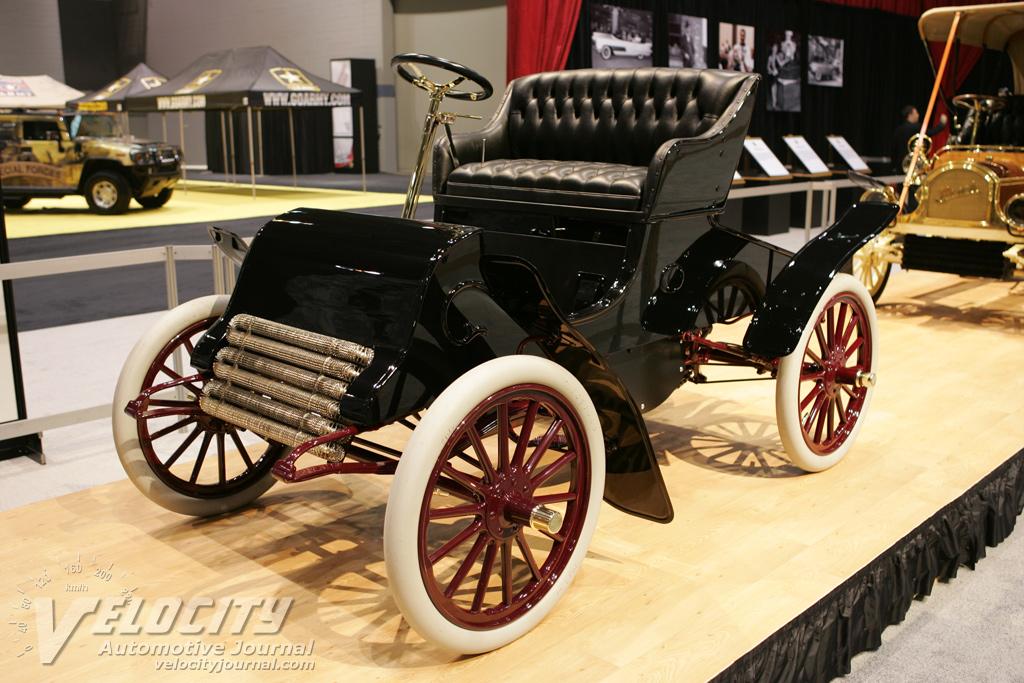 1902 Cadillac runabout