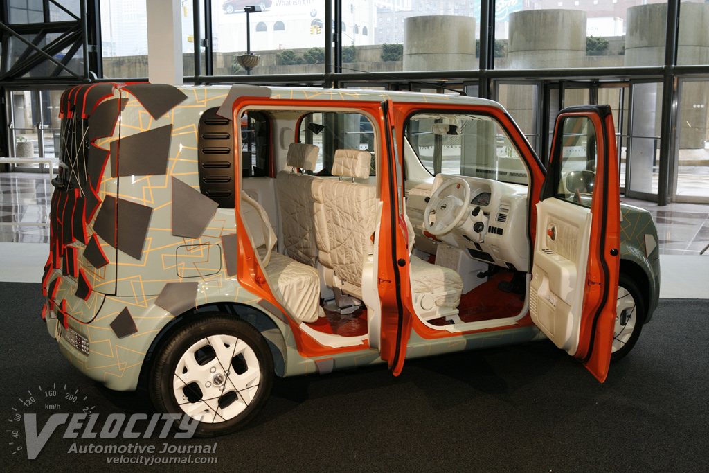 2008 Nissan Cube Quaze Art Car