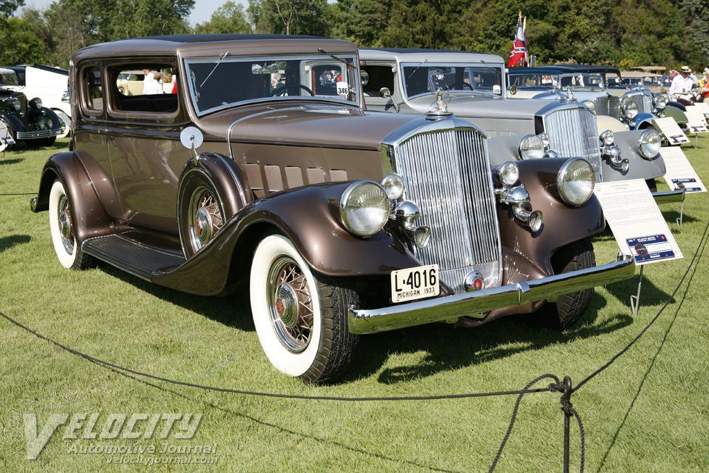 1933 Pierce-Arrow Club Coupe
