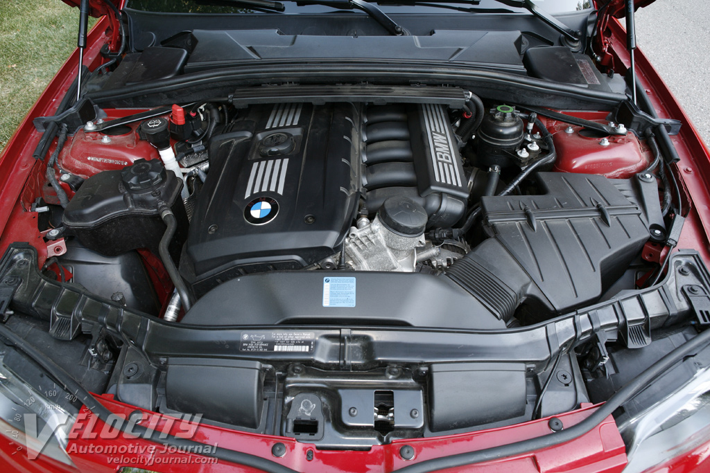 2008 BMW 1-Series 128i Coupe Engine
