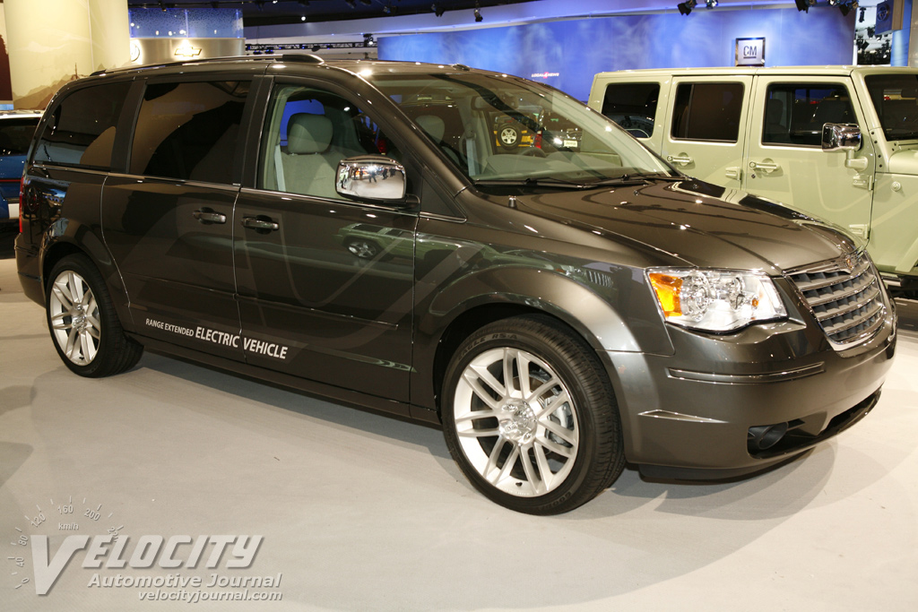2008 Chrysler Town & Country EV