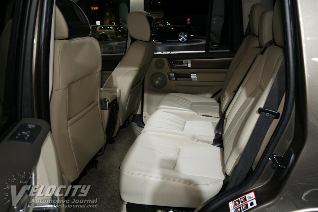 2010 Land Rover LR4 Interior