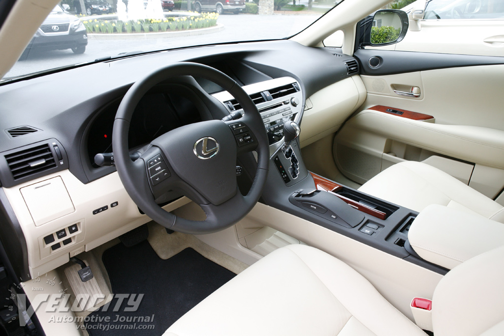 2010 Lexus RX (RX450h) Interior