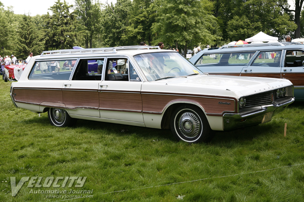 1968 Chrysler Newport Town & Country wagon
