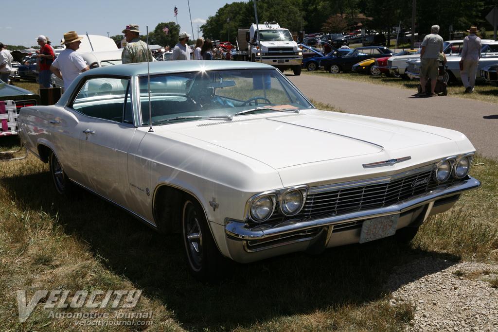 1965 Chevrolet Impala hardtop sedan