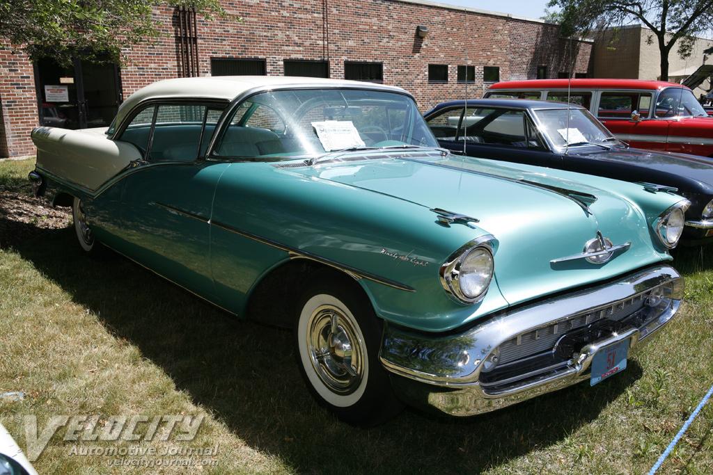1957 Oldsmobile Starfire 98