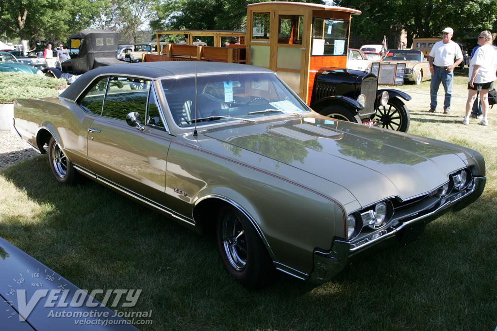 1967 Oldsmobile 4-4-2