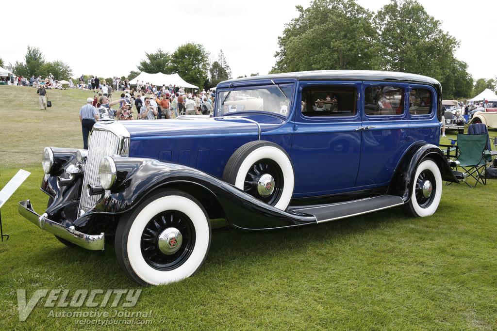 1933 Pierce-Arrow 836 limousine