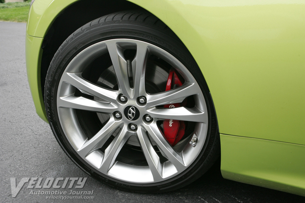 2010 Hyundai Genesis Coupe Wheel