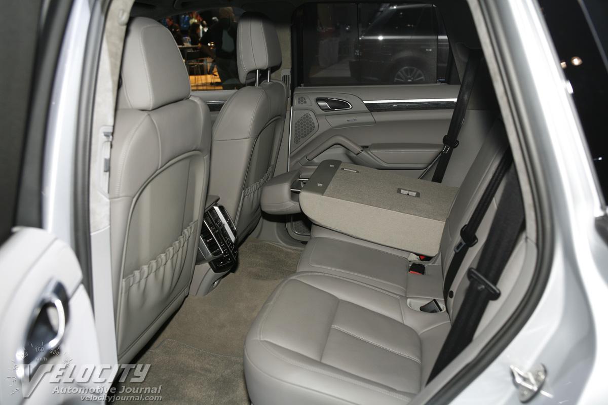2011 Porsche Cayenne Interior