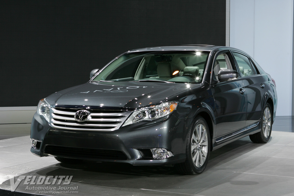 Picture Of 2011 Toyota Avalon