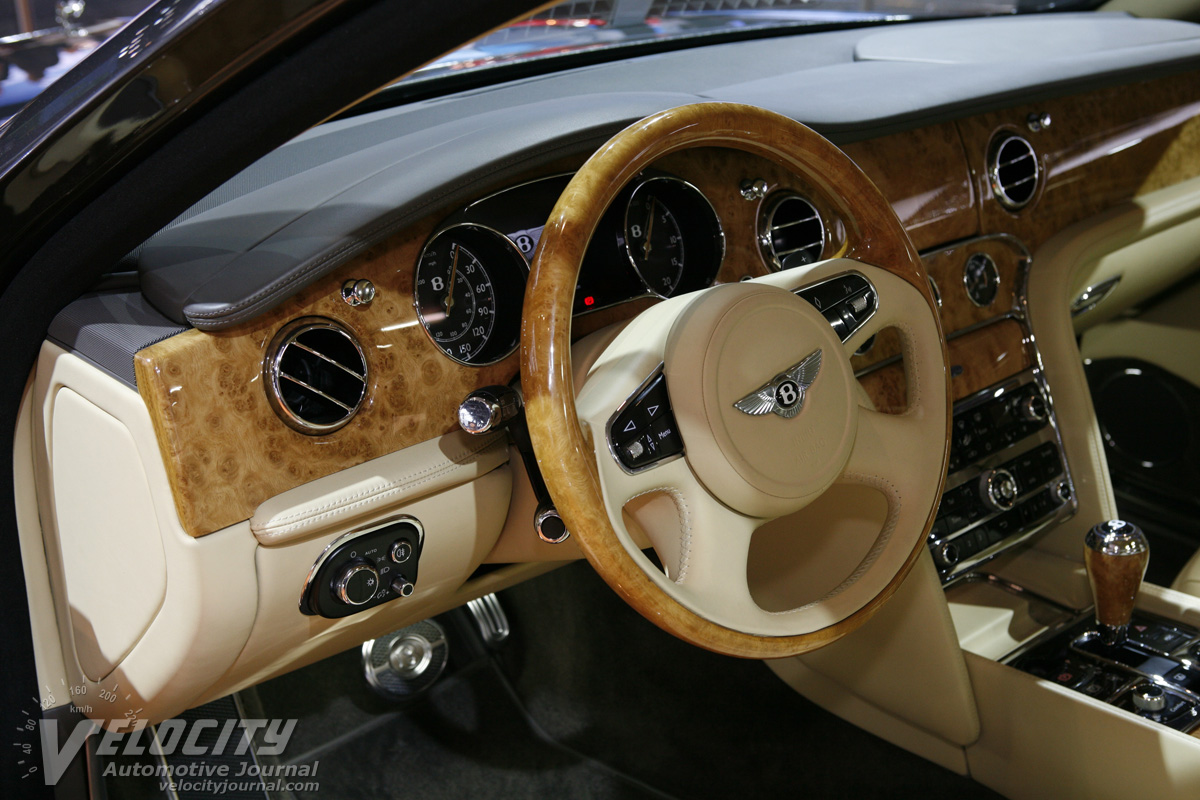 2011 Bentley Mulsanne Instrumentation