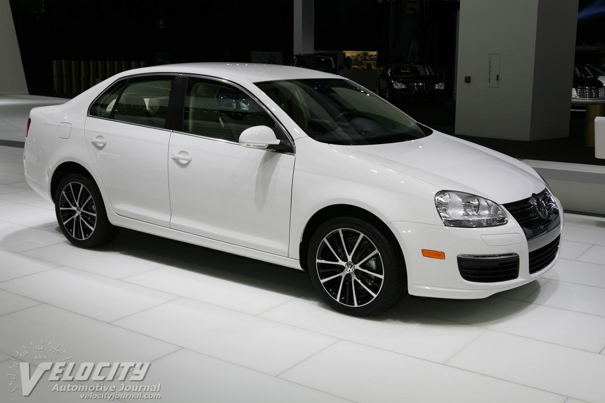 2010 Volkswagen Jetta Sedan Pictures