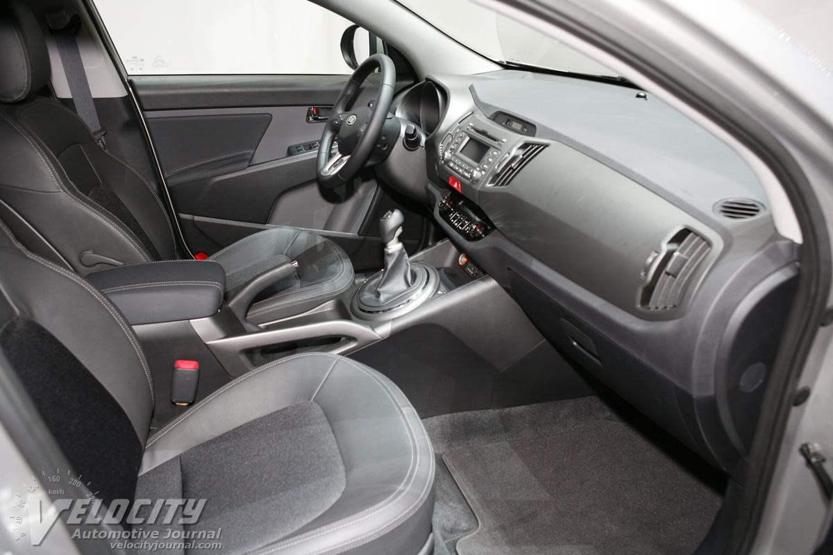 2010 Kia Sportage Interior