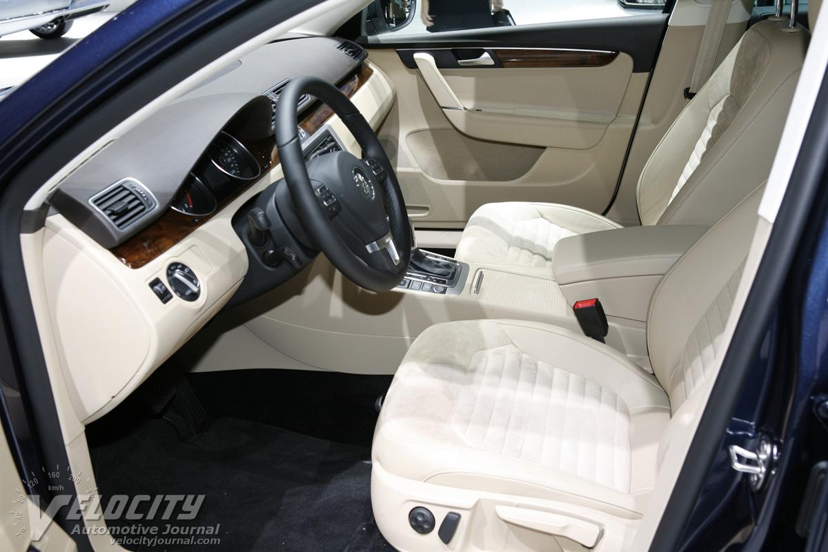 2011 Volkswagen Passat Interior