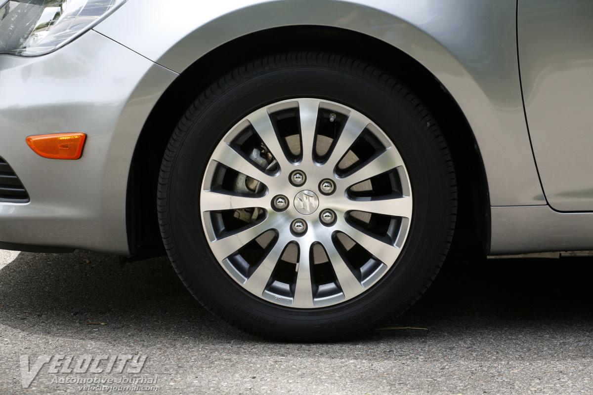 2010 Suzuki Kizashi SE AWD Wheel