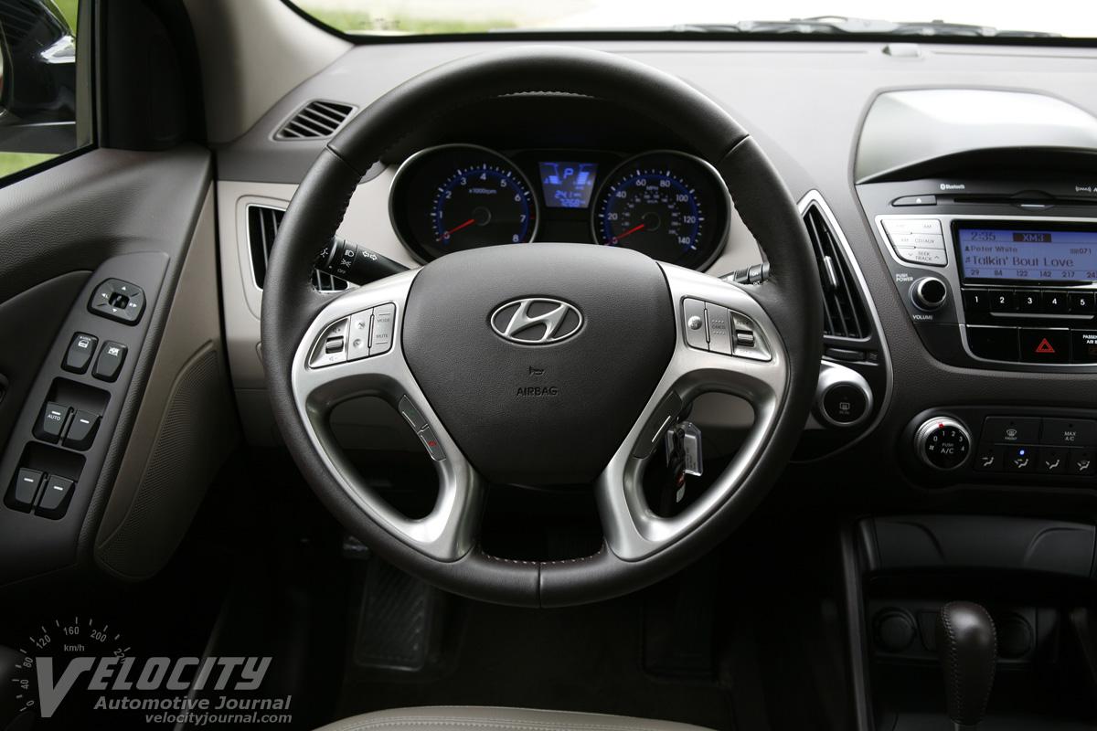 2010 Hyundai Tucson GLS Instrumentation