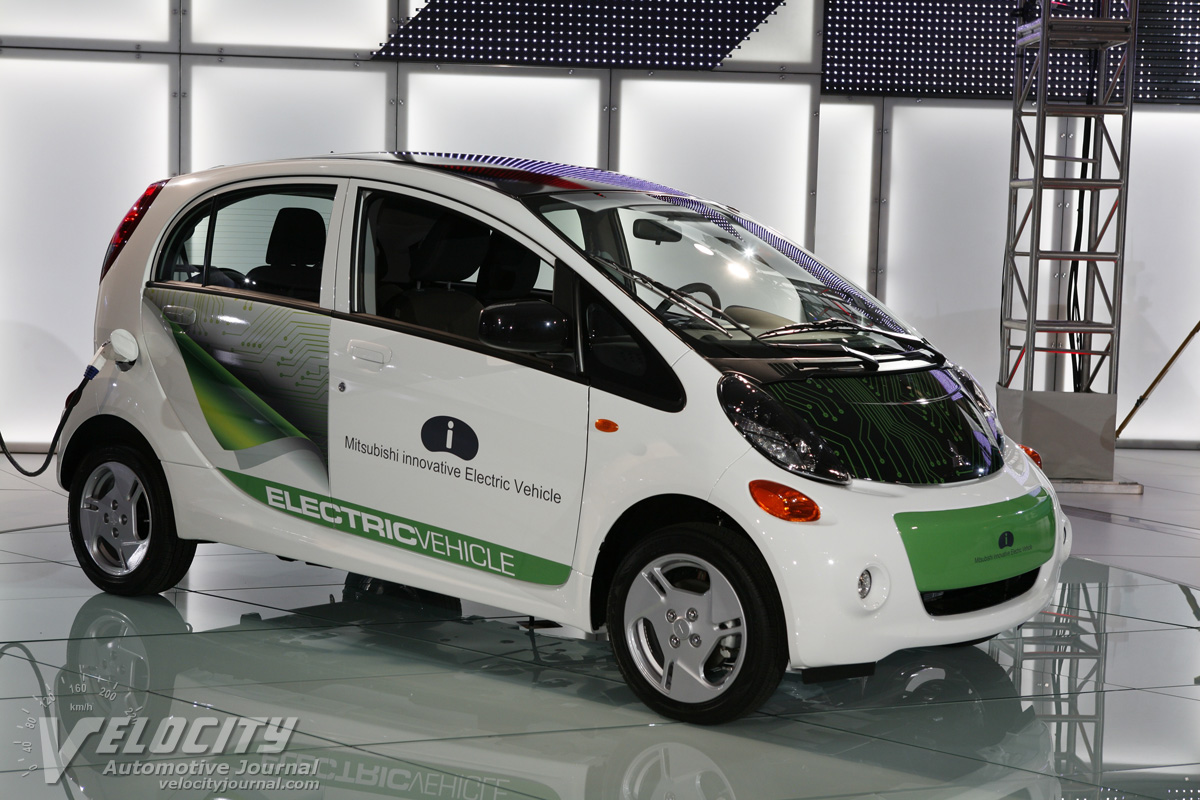 2012 Mitsubishi i