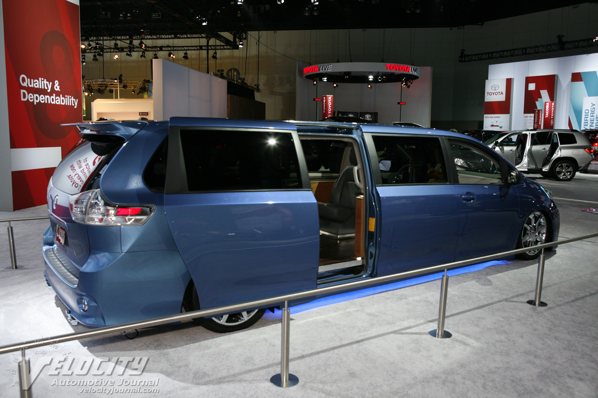 Perfect 2010 Toyota Sienna Swagger Wagon Supreme
