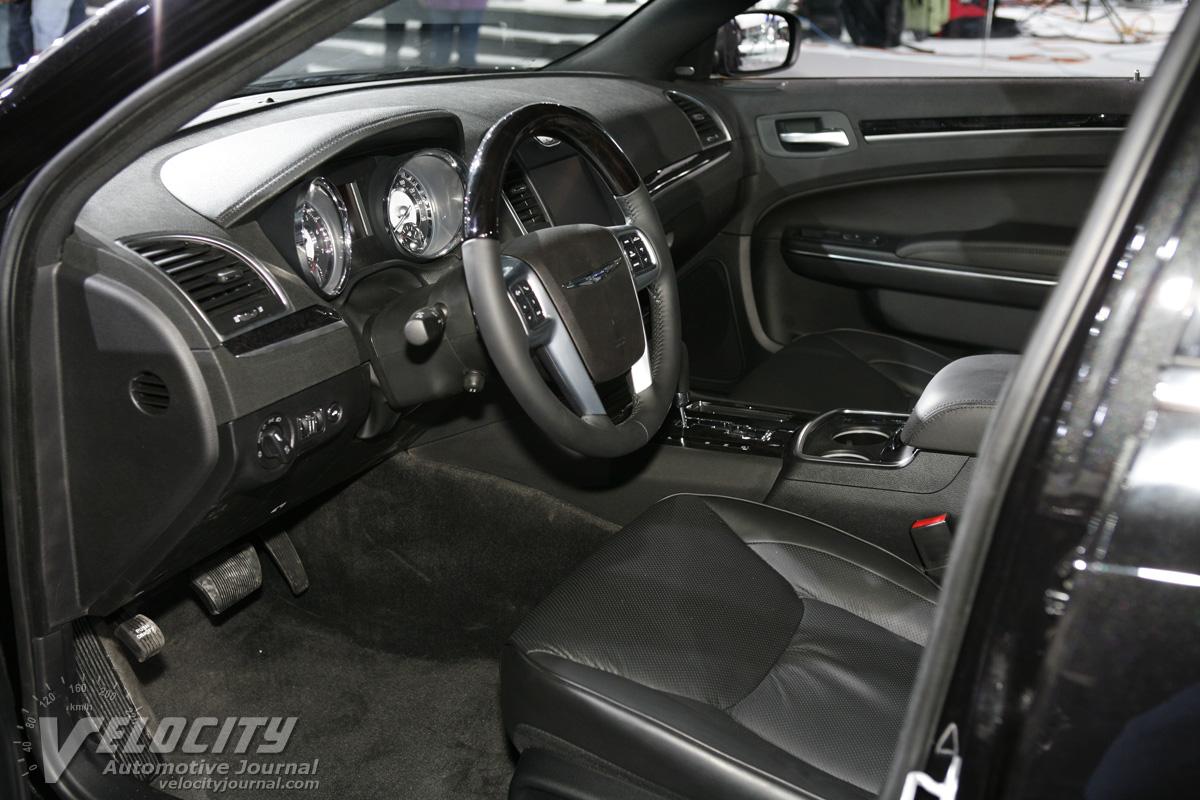2011 Chrysler 300 Interior