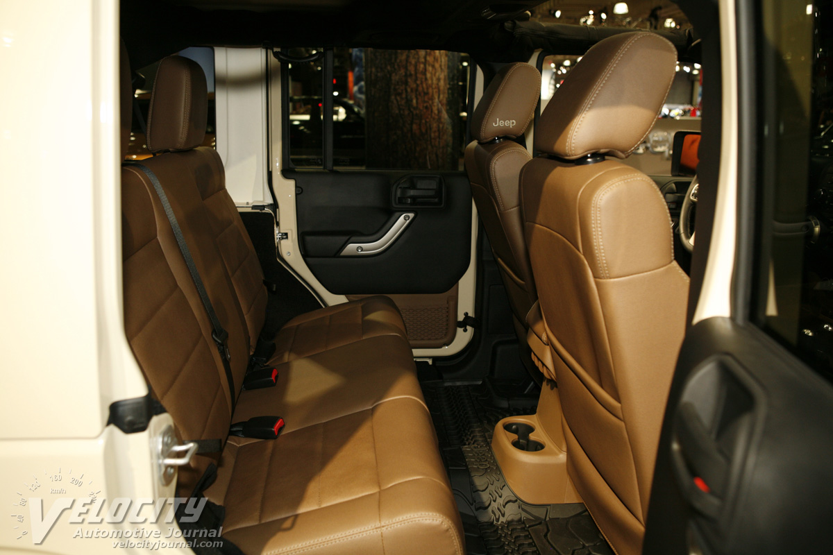 2011 Jeep Wrangler Unlimited Interior