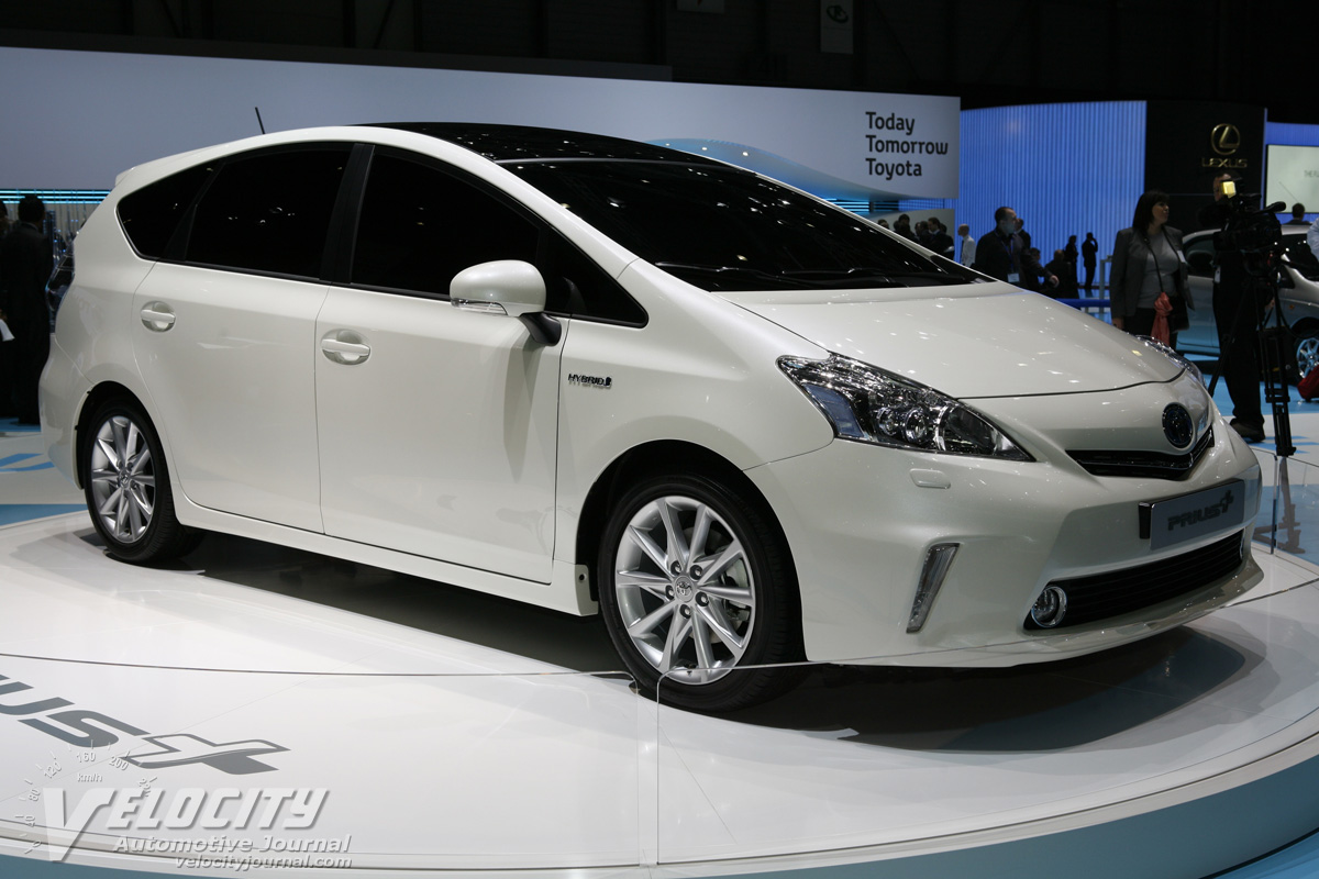 2011 toyota prius plus information. Black Bedroom Furniture Sets. Home Design Ideas