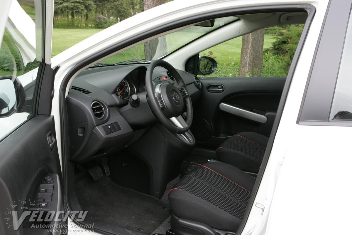2011 Mazda MAZDA2 Interior