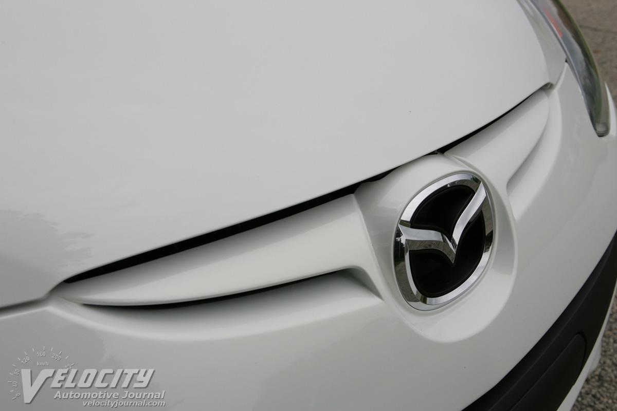 2011 Mazda MAZDA2 grille