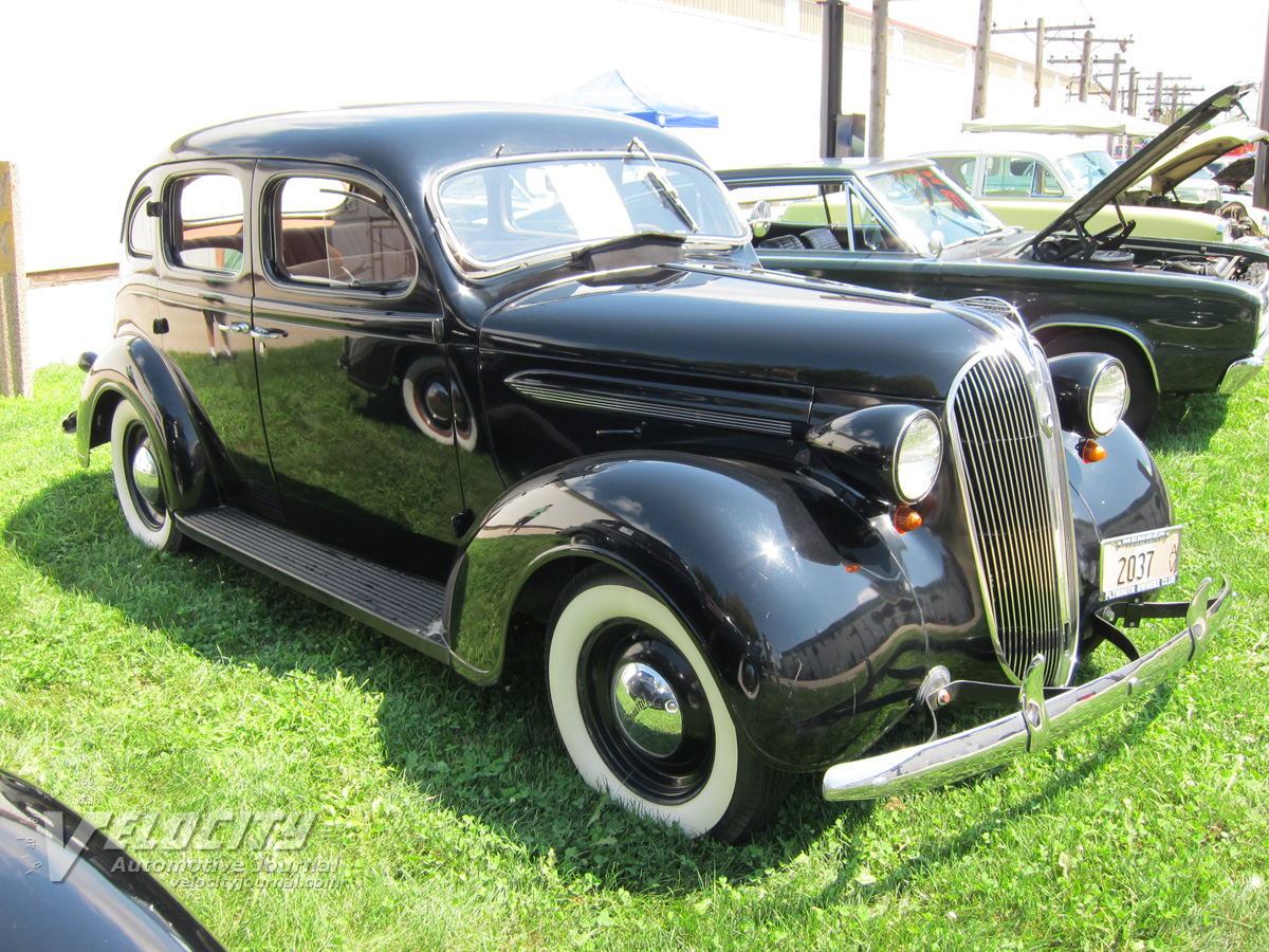 1937 Plymouth P4 4-door