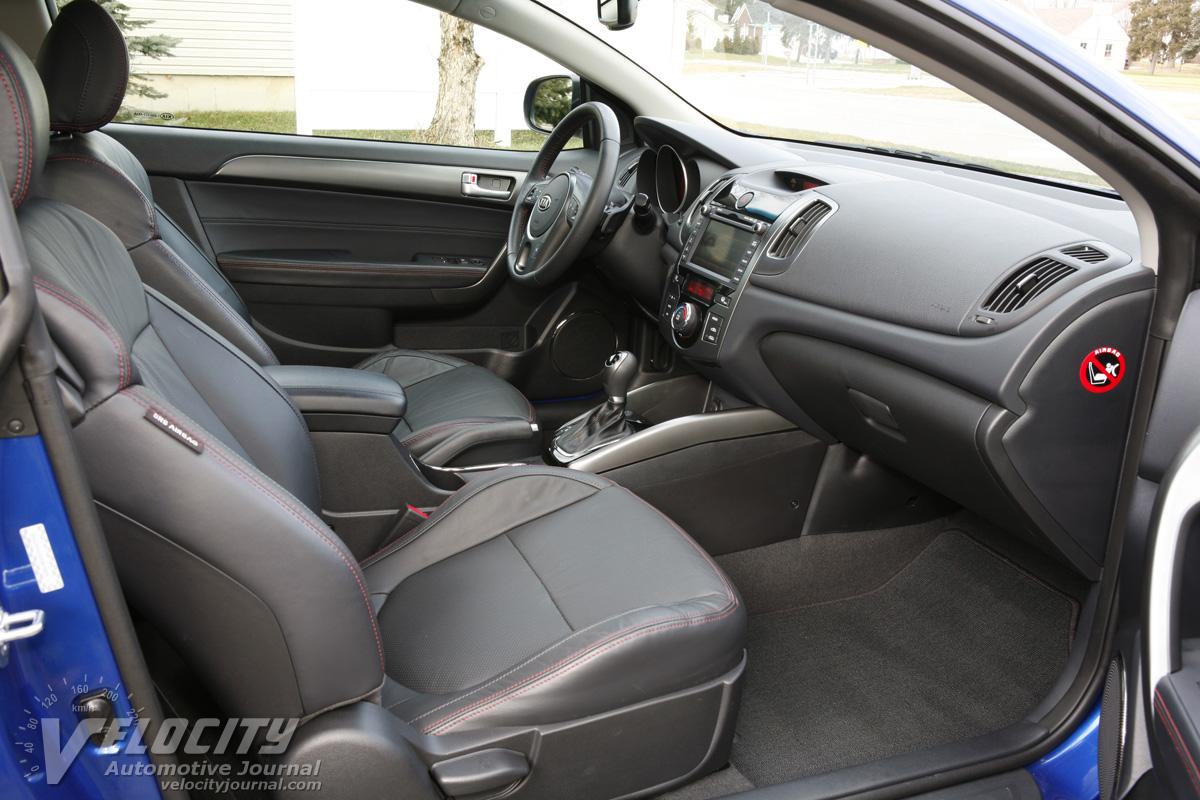 2011 Kia Forte Koup SX Interior