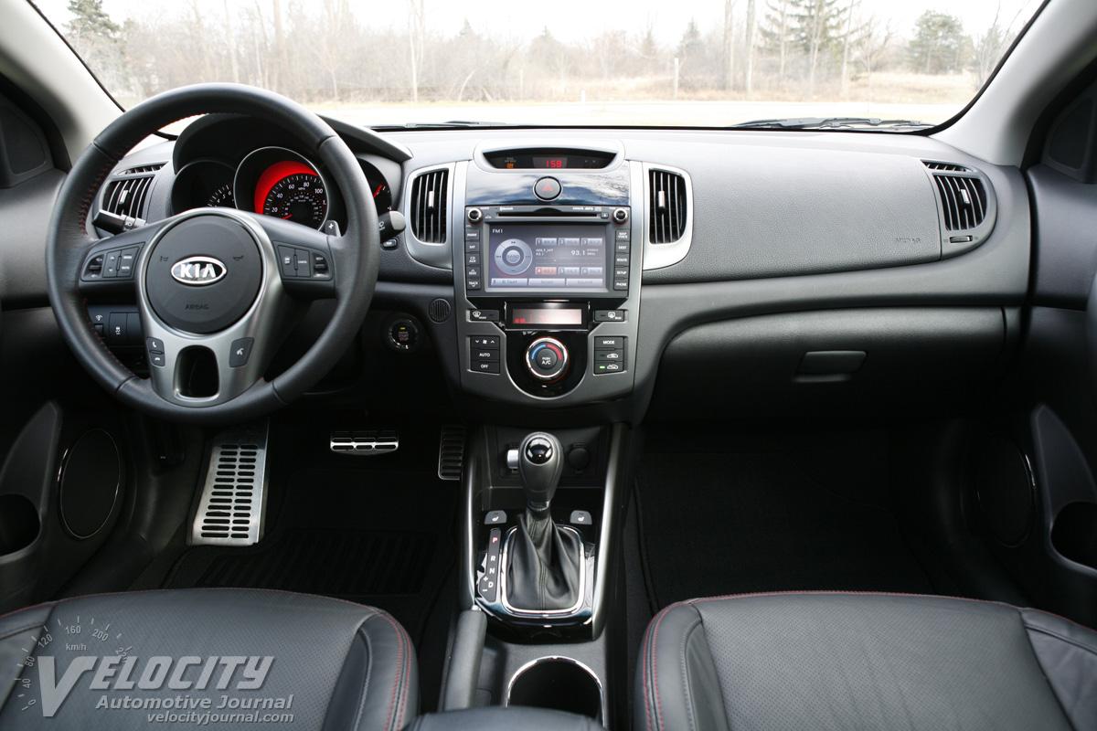 2011 Kia Forte Koup SX Instrumentation