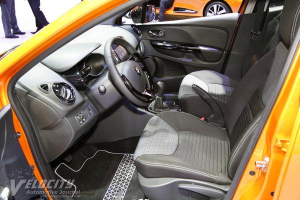 2013 Renault Clio 5d Interior