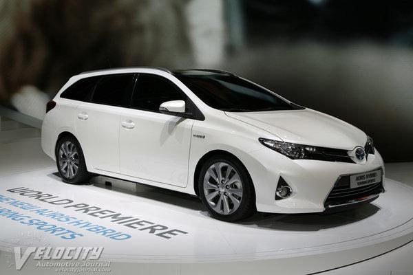 2013 Toyota Auris Hybrid Touring Sports
