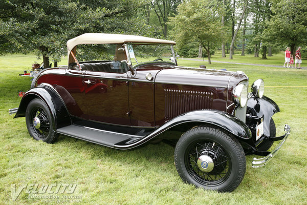 1932 Ford V8 Deluxe Roadster