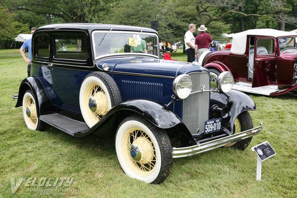 1932 Ford V8 Victoria