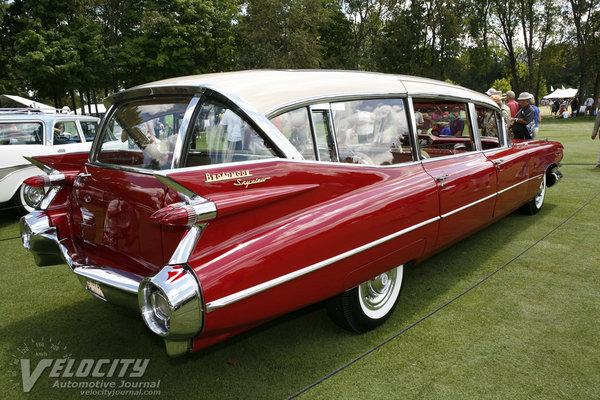 1959 Cadillac Broadmoor Skyview (custom hotel vehicle)