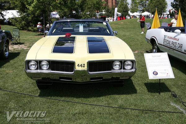 1969 Oldsmobile 4-4-2 convertible