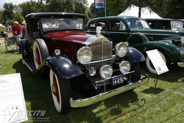 1932 Packard 902 coupe