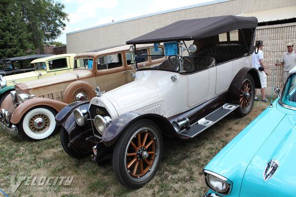 1916 Cadillac 7p Touring