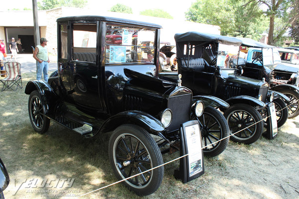 1919 Ford Model T Coupe
