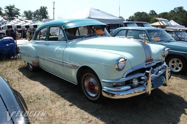 1952 Pontiac Chieftain 4d