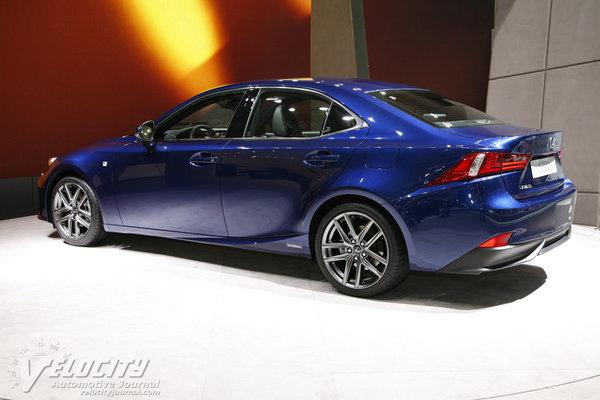 2014 Lexus IS 300h (non-US model)