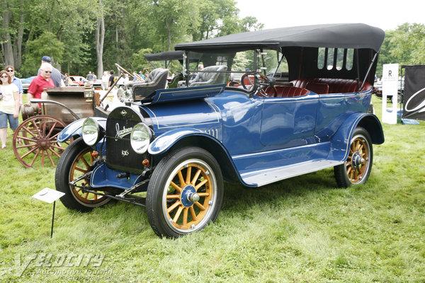 1916 Jackson Model 68 Touring car
