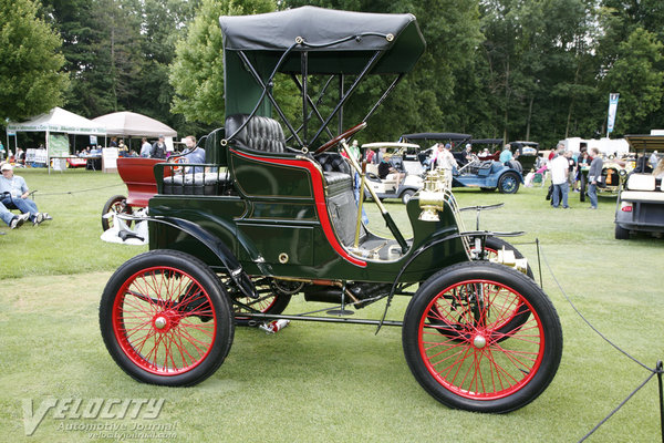 1901 Packard Model C runabout