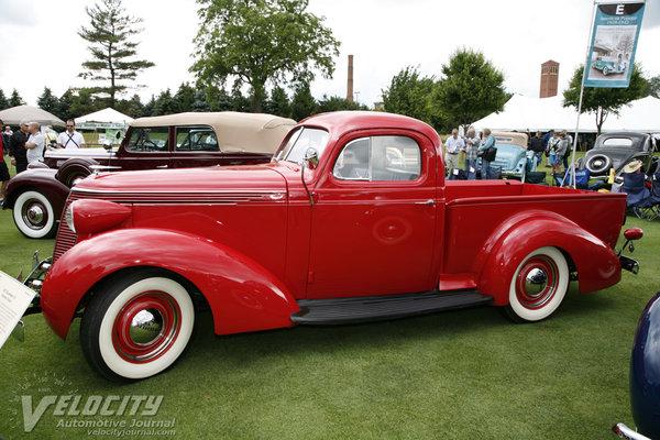 1937 Studebaker J5 Express Coupe