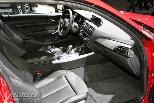 2014 BMW 2-Series M235i Coupe Interior