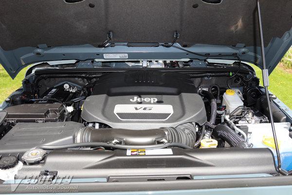 2014 Jeep Wrangler Engine