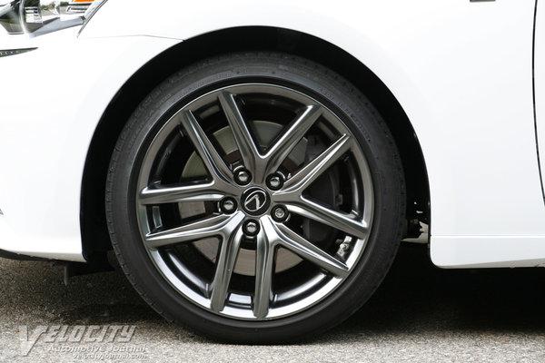 2014 Lexus IS 350 F-Sport Wheel